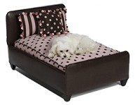 Polka–Dot Pink and Pom-Poms Dog Bed - Regular